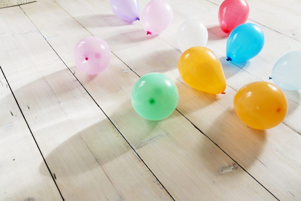 Ballonger på gulvet